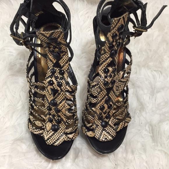 6d7e8a4a790 bebe Shoes - Bebe Platform woven ethnic heels